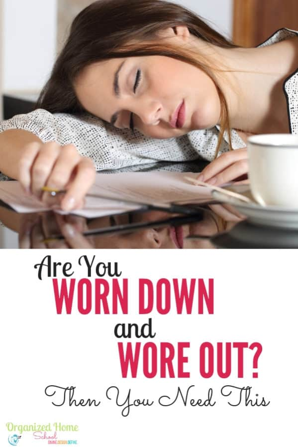 Are you tired of feeling worn down and wore out each day? A simple morning routine to help you practice self care and be more productive might just be the perfect answer for you. #moms #dailyroutines #morningroutines #momlife