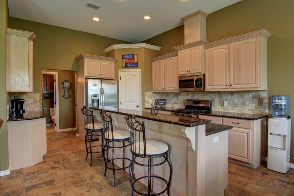 how to declutter a house kitchen