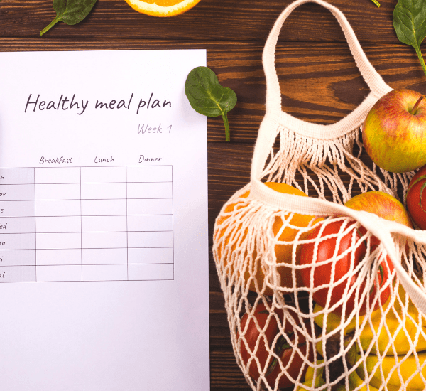 Healthy meal plans and grocery lists are just a click away using these meal plans and tips and easy frugal recipes for families.